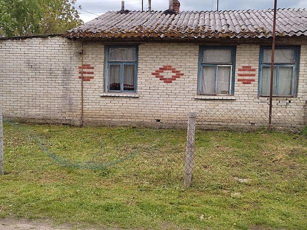 Продам 1 кімнатну квартиру особнякового типу .  Вулиця Коцюбинського .