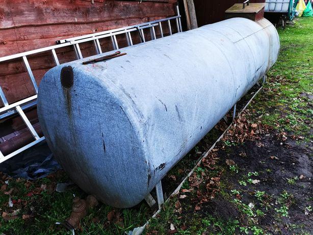 Zbiornik stalowy 2000 litrów z zaworem