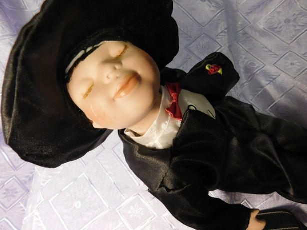 кукла характерная.