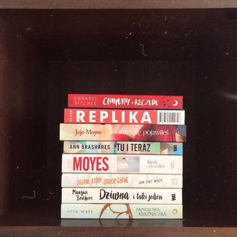 Książki młodzieżowe (Jojo Moyes, Lauren Oliver, Rainbow Rowell)