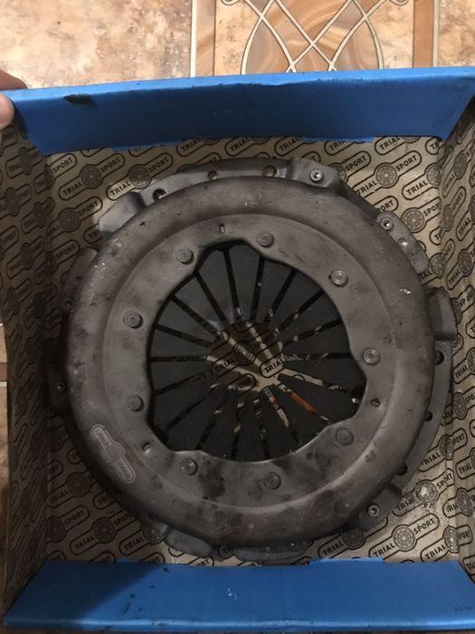Корзина и выжимной  подшибник на ВАЗ 2106-07 Фрунзе - изображение 1