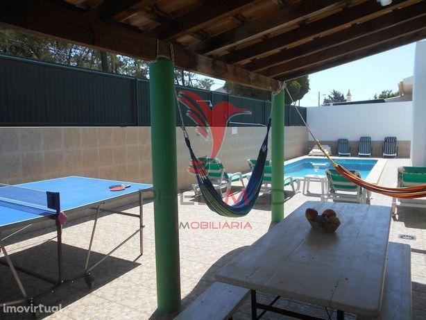 Algarve-Faro-Vila V3-Piscina privada-BBQ- perto praia e aeroporto.