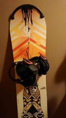 Deska snowboardowa Rome Label 145