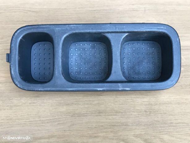 Base Copos de Consola Central  Nissan Navara D40 de 06 a 09