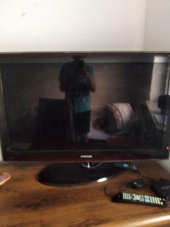Okazja sprzedam tv 40 cali firmy Samsung