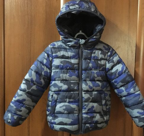 Курточка BluKids на 3-4 года рост 104 см на мальчика демисезонная