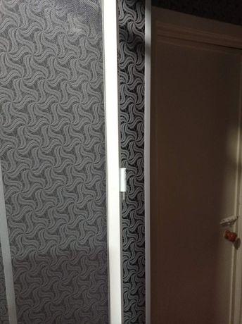 Продам москитную сетку на болконную дверь  может кому по месту пишите.