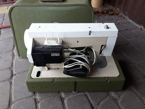 Maszyna do szycia Predom łucznik tur2 TUR 2 futerał Grójec