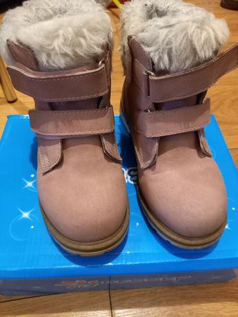 Ботиночки на девочку 31 размер.