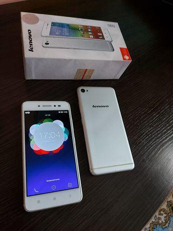 Смартфон Lenovo s90 (флагман своего времени)