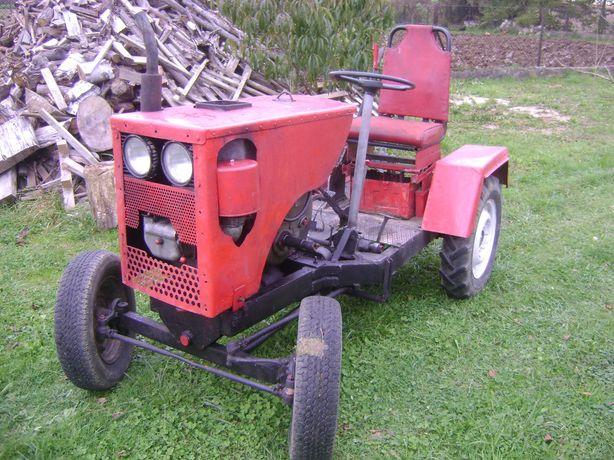 Traktor sam s 15