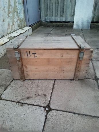 Ящик деревянный .