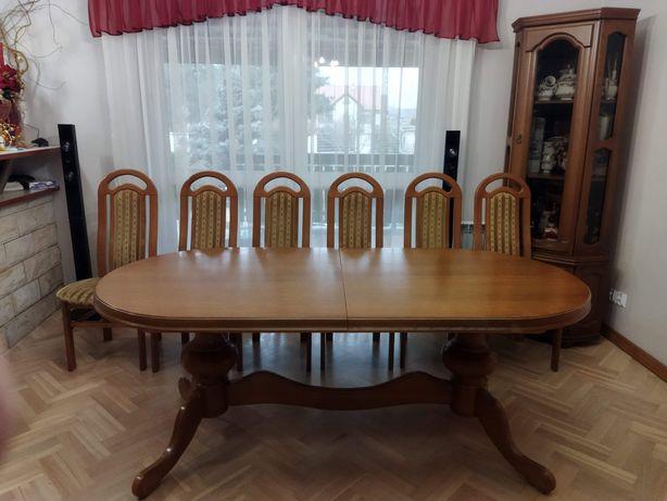 Rozkładany stół dębowy z kompletem krzeseł