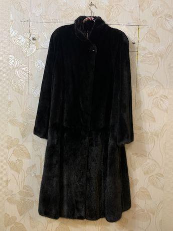 Норковая черная длинная шуба M-L
