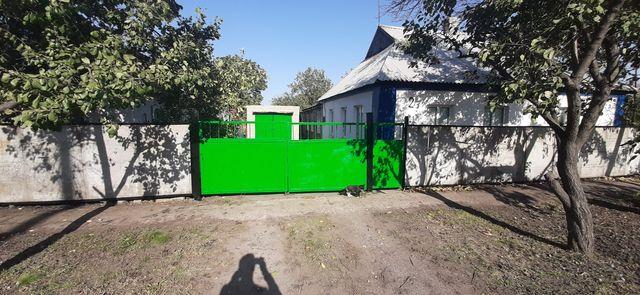 Дом в пгт. Розовка Запорожской обл.