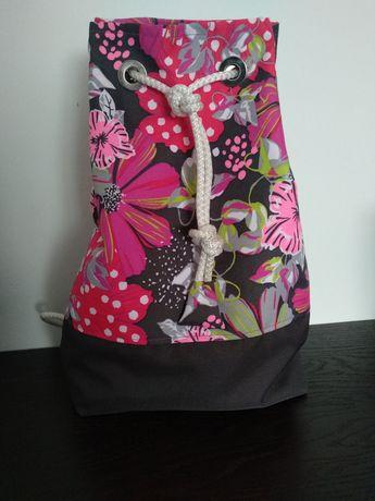 Worko plecak worek tobołek torba wakacyjna kwiaty rozm S