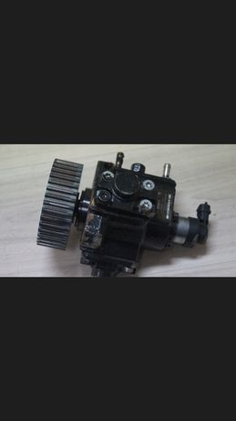 Pompa wtryskowa/paliwa/ciśnienia astra 1.9 CDTI