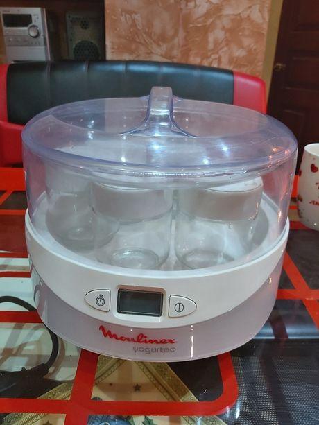 Йогуртница 1000руб