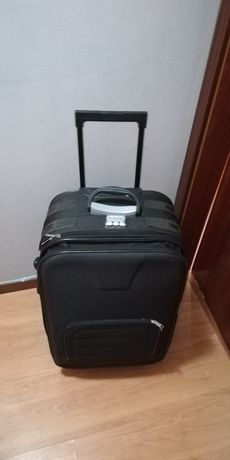 Vendo mala de viagem, mala de porão tamanho grande