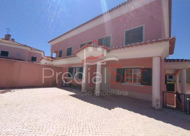 Moradia T7 em Albarraque - Sintra