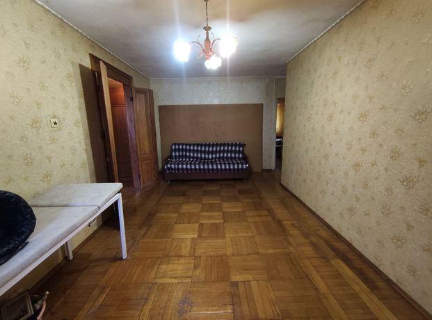 Большая 3 комнатная Космонавтов Генерала Петрова