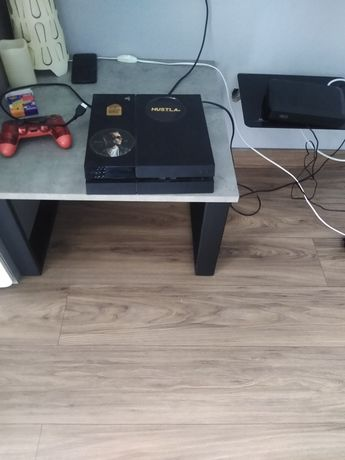 PS 4 500gb + gry