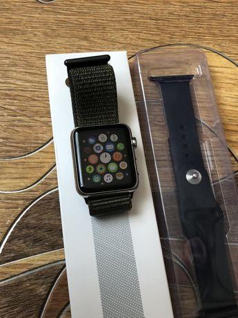 Часы  Apple Watch Series 1