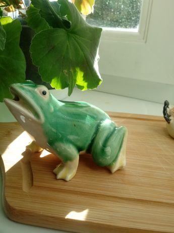 Porcelana chinska recznie malowana żaba