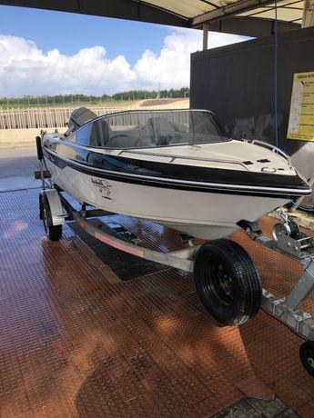 Barco argus 4.25 com motor Mariner 40hp 2 T revisto na garantia