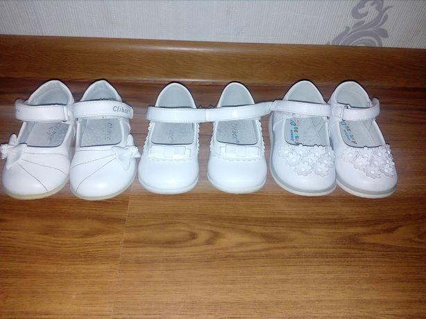 Туфельки дитячі в хорошому стані