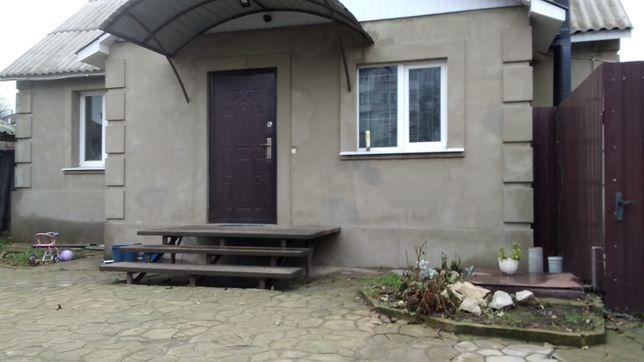 Дом,гараж,летняя кухня