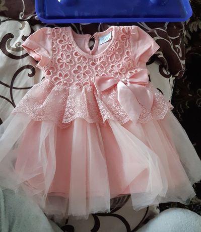 Нарядное платье на 1-2года