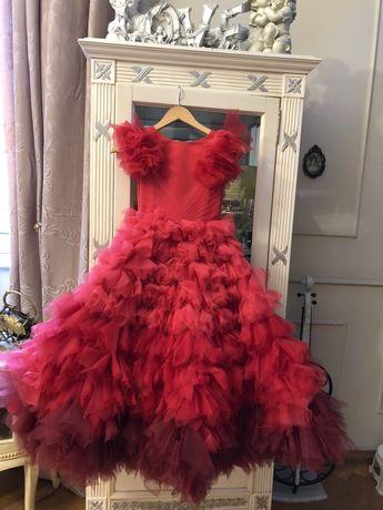 Платье нарядное,выпускное,для выступлений 140 р