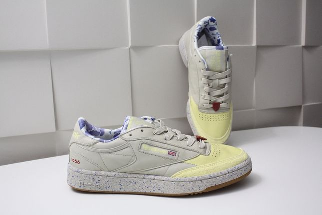 Кроссовки женские Reebok Club C Artists for Humanity BD5317 ОРИГИНАЛ