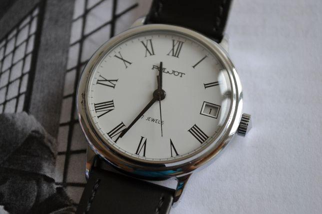 Klasyczny zegarek Poljot z datownikiem