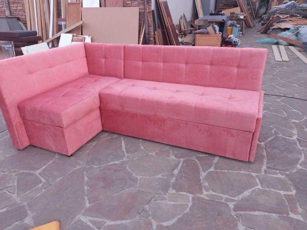 Угловой составной диван для любых задач.