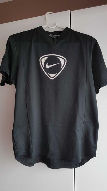 T-shirt NIKE roz S świetna :)