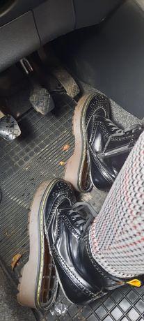 Buty uszkodzone dla Pani Aleksandry