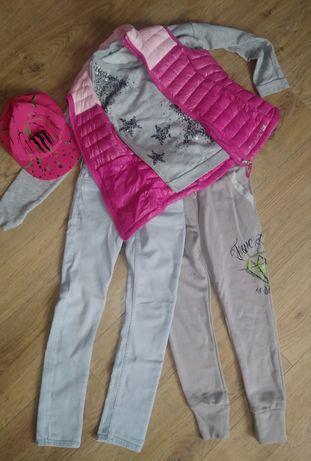 Одяг для дівчинки 8-9 років