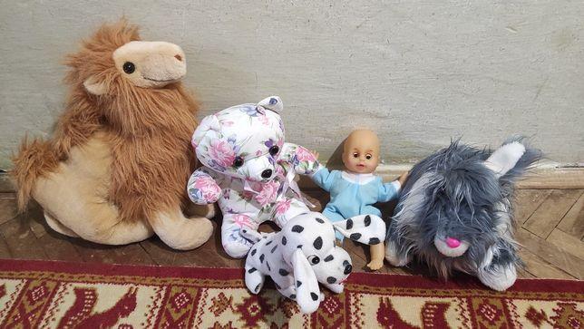 Іграшки дитячі м'які