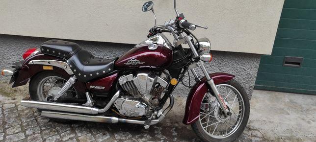 Vendo ou troco moto Linfan 250cc