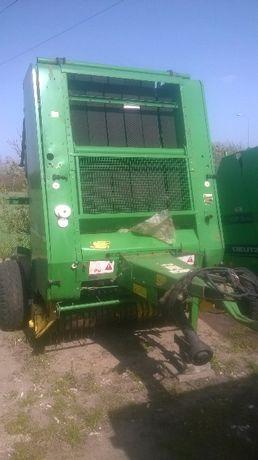 Prasa JD 550 szeroki podbieracz z odrzutnikiem