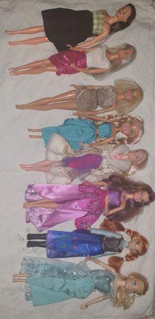 Conjunto de 8 bairbies 2 são princesas