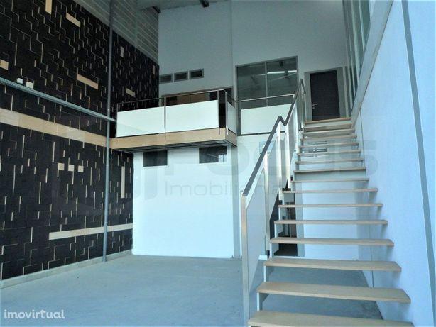 Armazém / Pavilhão para venda ou arrendamento Cacia