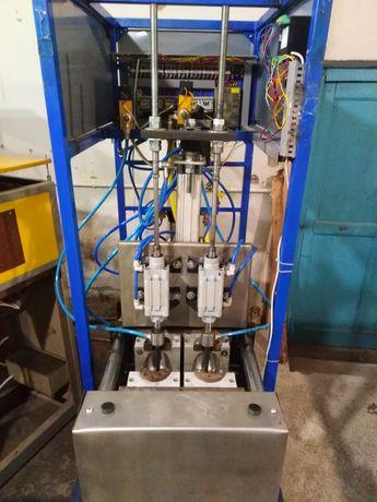 Оборудование (полуавтомат) для выдува ПЭТ бутылки