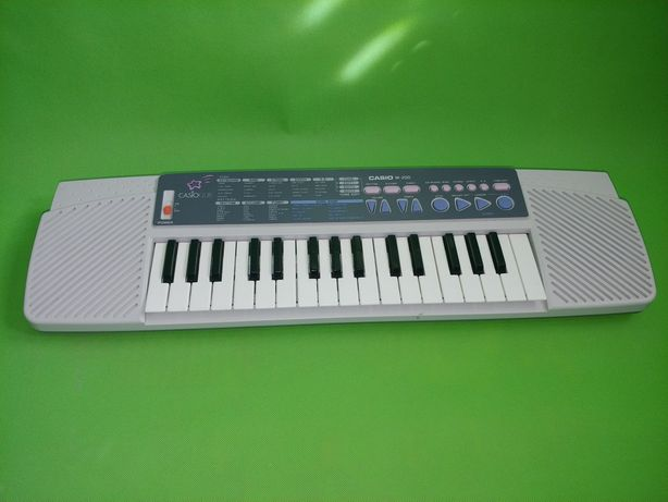 Casio Club m200 (pianino kompaktowe) keyboard