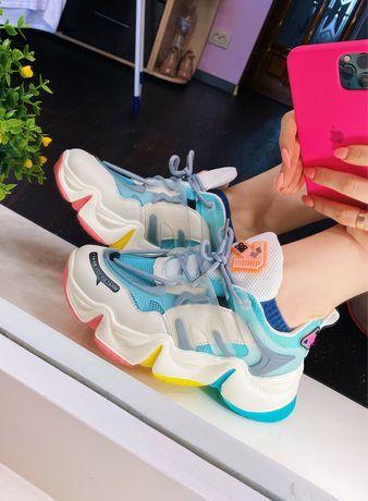Яркие модные женские подростковые кроссовки 24,5см Жіночі кросівки 38