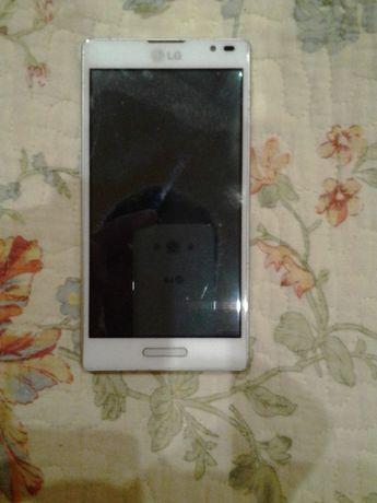 Продам мобильный телефон LG