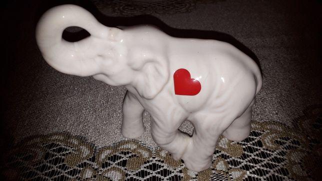 Słoń z serduszkiem