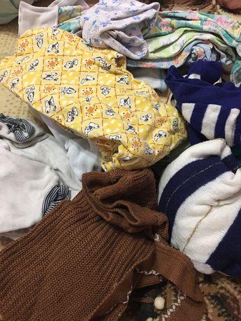 Продам большим пакетом вещи для новорождённого (мальчика)